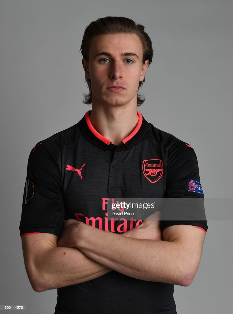 https://media.gettyimages.com/photos/ben-sheaf-of-arsenal-during-an-arsenal-magazine-photoshoot-at-london-picture-id906444576