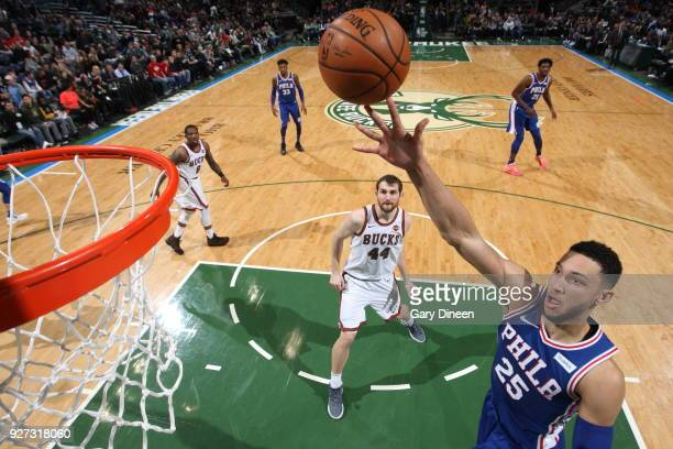 Ben Simmons of the Philadelphia 76ers drives to the basket during the game against the Milwaukee Bucks on March 4 2018 at the BMO Harris Bradley...