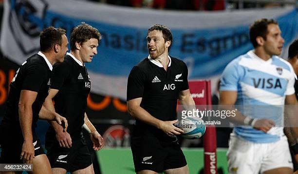 Ben Smith of New Zealand celebrates after scoring a try during a match between Argentina Los Pumas and New Zealand All Blacks as part of fifth round...