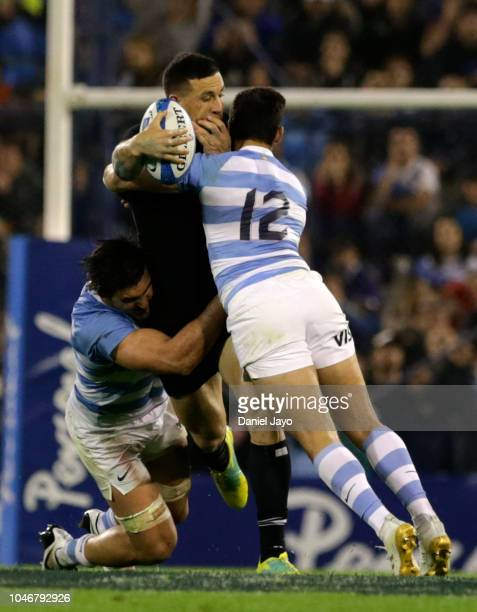 Ben Smith of New Zealand is tackled by Bautista Ezcurra of Argentina during a match between Argentina and New Zealand as part of The Rugby...