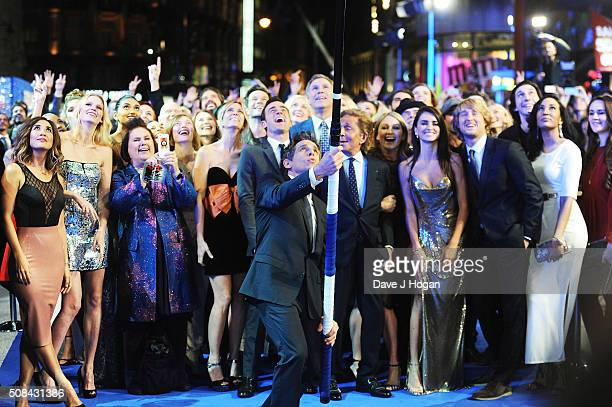 Ben Stiller cast members and guests pose for a record breaking selfie during a Fashionable Screening of the Paramount Pictures film 'Zoolander No 2'...