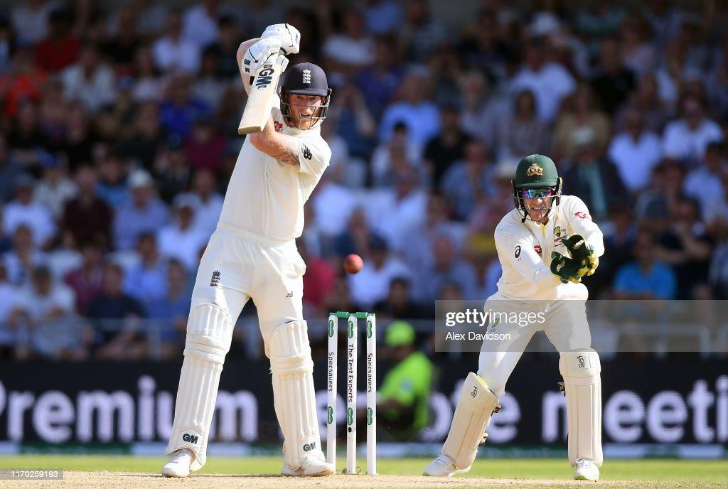 England v Australia - 3rd Specsavers Ashes Test: Day Four : Fotografía de noticias