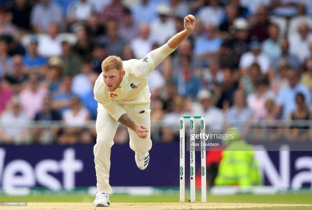 England v Australia - 3rd Specsavers Ashes Test: Day Three : News Photo