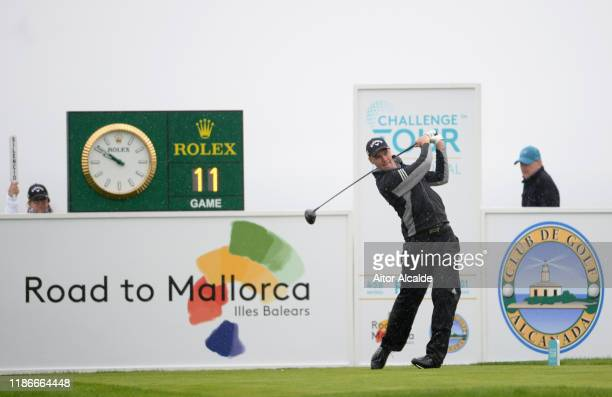 Ben Stow of England plays his tee shot on the 1st hole during day 4 of the Challenge Tour Grand Final at Club de Golf Alcanada on November 10 2019 in...