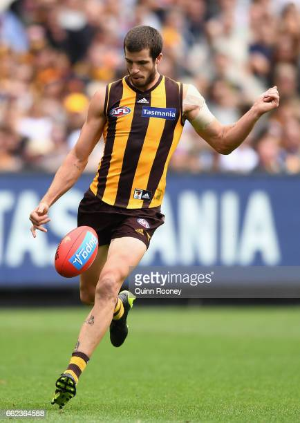 Ben Stratton of the Hawks kicks during the round two AFL match between the Hawthorn Hawks and the Adelaide Crows at Melbourne Cricket Ground on April...