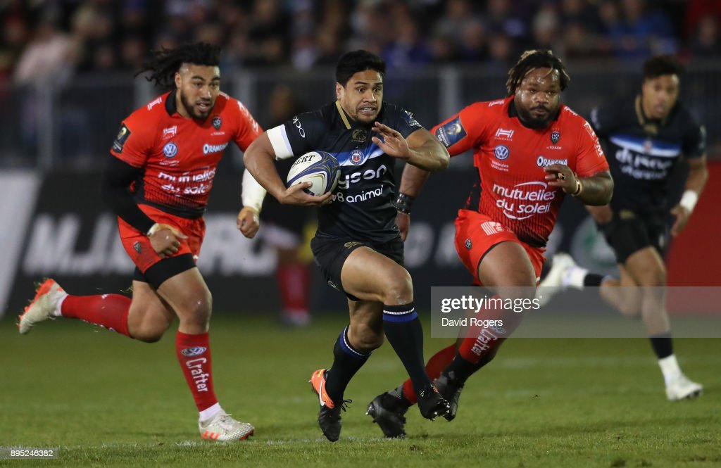 Ben Tapuai of Bath breaks with the ball during the European Rugby Champions Cup match between Bath Rugby and RC Toulon at the Recreation Ground on December 16, 2017 in Bath, England.