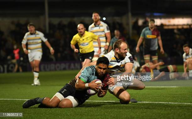 Ben Tapuai of Quins scores the second Quins try during the Challenge Cup Quarter Final match between Worcester Warriors and Harlequins at Sixways...