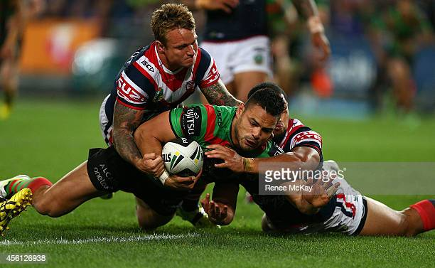 Ben Te'o of the Rabbitohs scores a try during the First Preliminary Final match between the South Sydney Rabbitohs and the Sydney Roosters at ANZ...