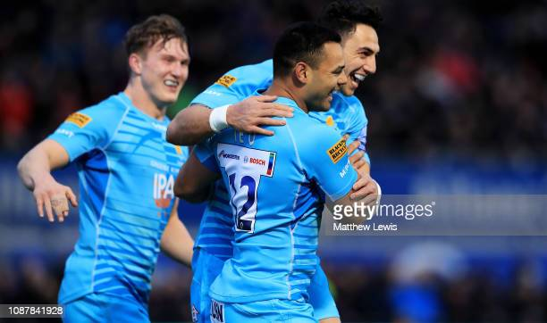 Ben Te'o of Worcester Warriors is congratulated on his try during the Gallagher Premiership Rugby match between Saracens and Worcester Warriors at...