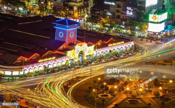 ben thanh market (chợ bến thành) is a large marketplace in central ho chi minh city, vietnam in district 1. - people's committee building ho chi minh city stock pictures, royalty-free photos & images
