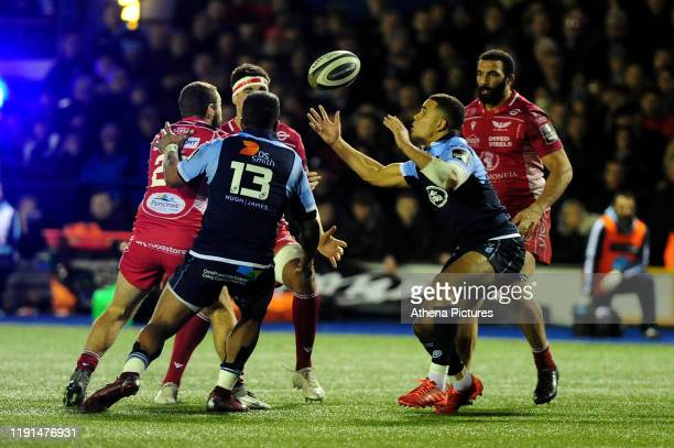 Ben Thomas of Cardiff Blue in action during the Guinness Pro14 Round 10 match between the Cardiff Blues and Scarlets at Cardiff Arms Park on January...