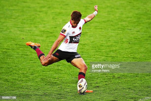 Ben Volavola of North Harbour kicks a penalty during the round eight Mitre 10 Cup match between Waikato and North Harbour at FMG Stadium on October 8...