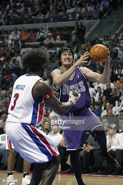 Ben Wallace of the Detroit Pistons guards Andrew Bogut in game one of the Eastern Conference Quarterfinals during the 2006 NBA Playoffs on April 23...