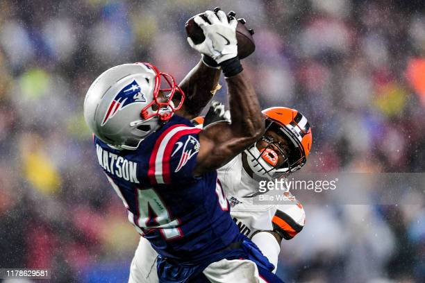 Ben Watson of the New England Patriots catches a pass as he is defended by Mack Wilson of the Cleveland Browns during a game at Gillette Stadium on...