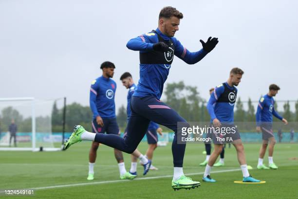 Ben White of England warms up during the England Training Session at Tottenham Hotspur Training Ground on June 20, 2021 in Burton upon Trent, England.