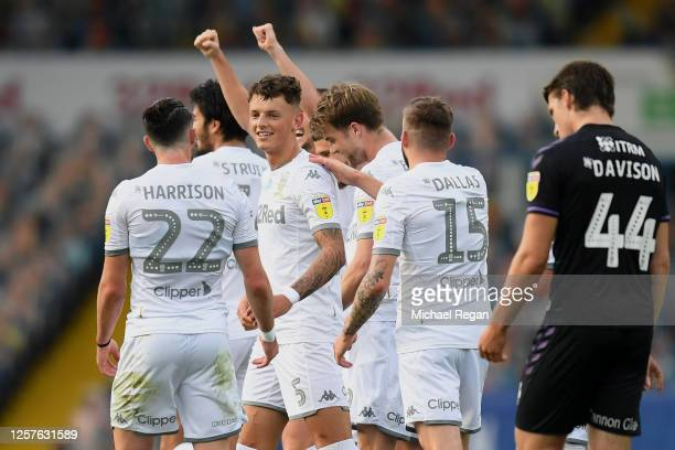 Ben White of Leeds United celebrates with teammates after scoring his team's first goal during the Sky Bet Championship match between Leeds United...