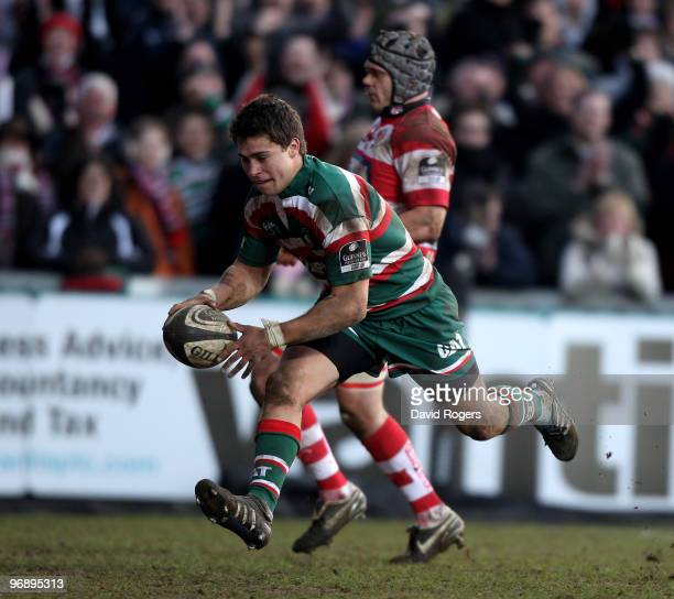 Ben Youngs of Leicester scores the third Leicester try during the Guinness Premiership match between Leicester Tigers and Gloucester at Welford Road...