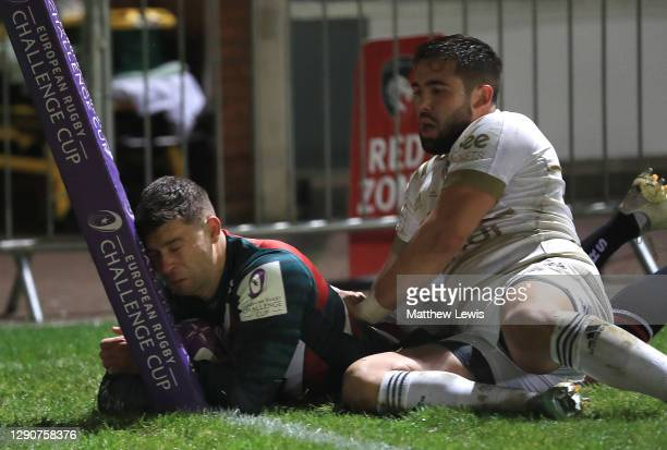 Ben Youngs of Leicester Tigers scores a try during the European Rugby Challenge Cup match between Leicester Tigers and Brive at Welford Road on...