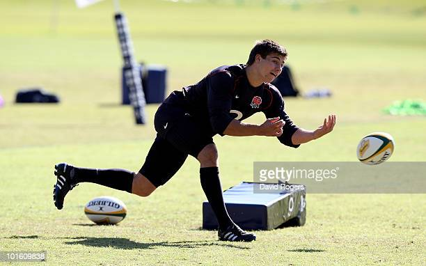 Ben Youngs passes the ball during England training at the McGillivray Oval on June 4 2010 in Perth Australia