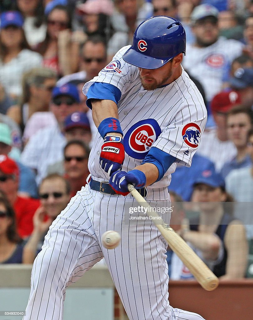 Ben Zobrist #18 of the Chicago Cubs hits a run scoring double in the 1st inning against the Philadelphia Phillies at Wrigley Field on May 28, 2016 in Chicago, Illinois.