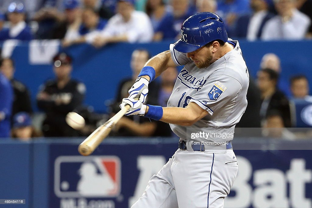 League Championship - Kansas City Royals v Toronto Blue Jays - Game Four : News Photo