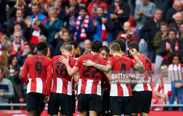 Benat Etxebarria of Athletic Club celebrates after scoring goal during the La Liga match between Athletic Club and Deportivo Alaves at San Mames...