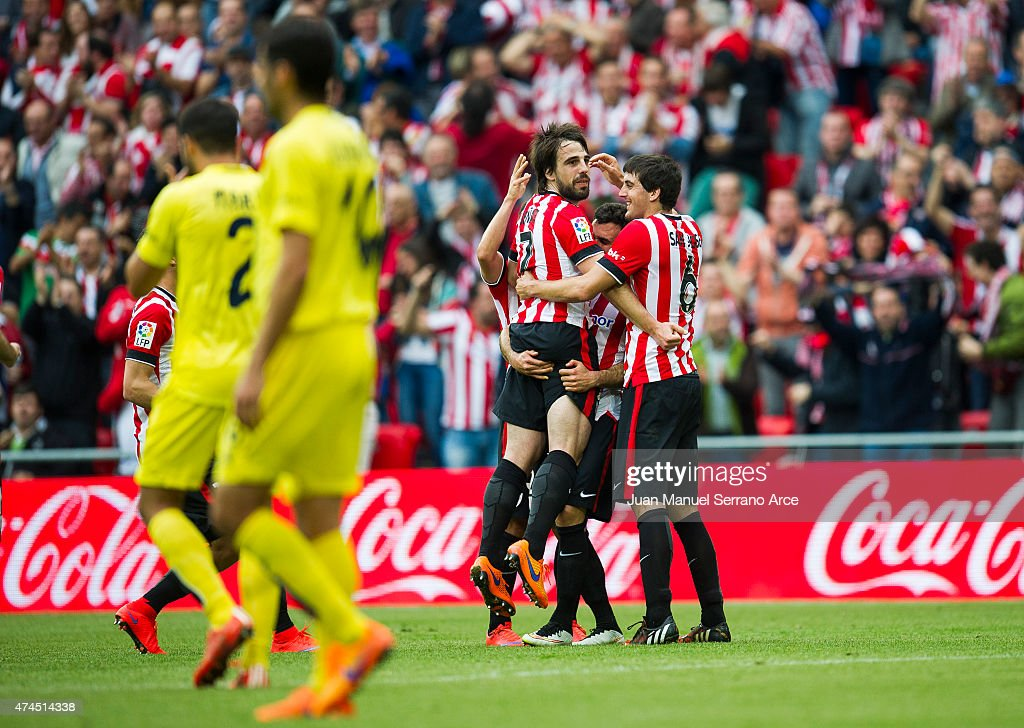 Benat Etxebarria (C) of Athletic Club celebrates after scoring his team's third goal during the La Liga match between Athletic Club Bilbao and Villarreal at San Mames Stadium on May 23, 2015 in Bilbao, Spain.