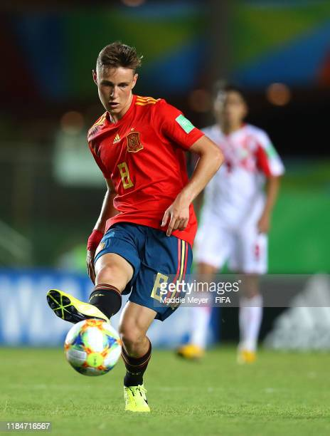 Benat Turrientes of Spain makes a pass during the FIFA U17 World Cup Brazil 2019 group E match between Spain and Tajikistan at Estádio Kléber Andrade...
