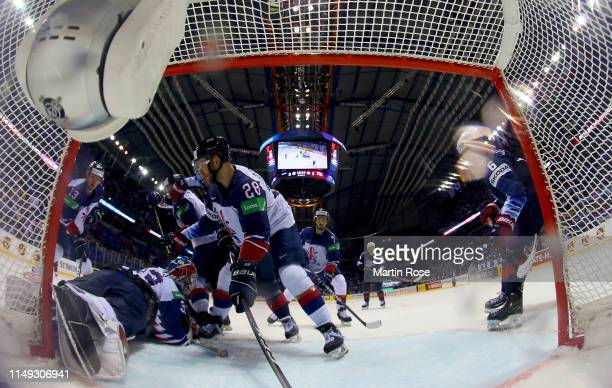 BenBowns, goaltender of Great Britain tends net against United States during the 2019 IIHF Ice Hockey World Championship Slovakia group A game...
