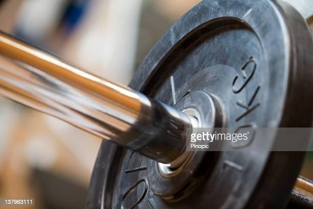 bench bar and weight plate - detaljbild bildbanksfoton och bilder