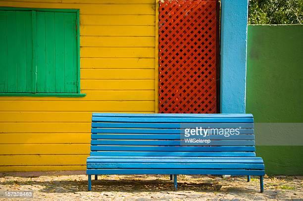 bench in la boca - buenos aires stockfoto's en -beelden