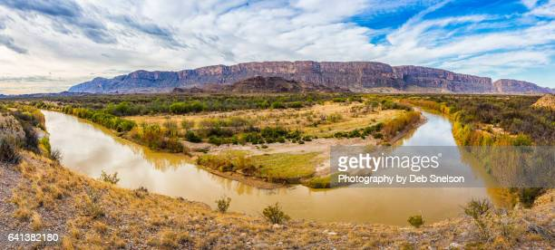 Bend in the Rio Grande River