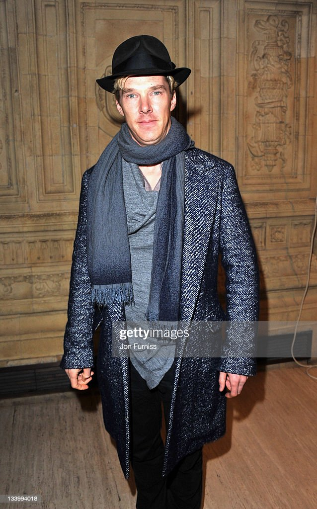 Benedict Cumberbatch arrives at The Prince's Trust Rock Gala 2011 at Royal Albert Hall on November 23, 2011 in London, England.