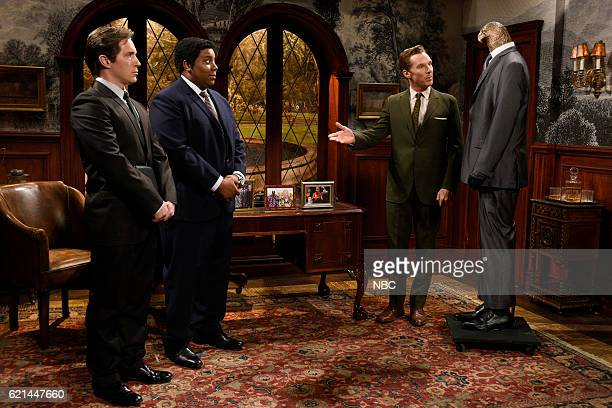 LIVE Benedict Cumberbatch Episode 1709 Pictured Beck Bennett Kenan Thompson and Benedict Cumberbatch during the Meeting with Mr Shaw sketch on...