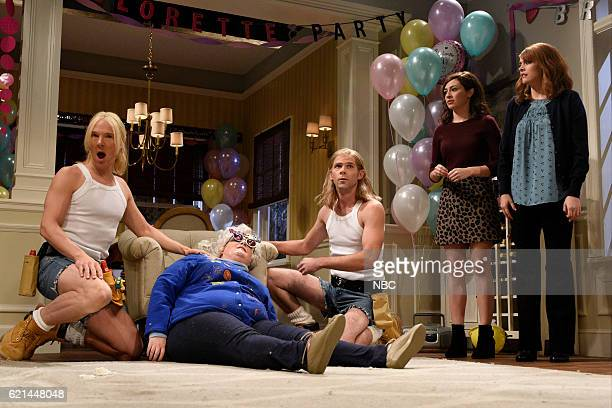 LIVE 'Benedict Cumberbatch' Episode 1709 Pictured Benedict Cumberbatch Aidy Bryant Mikey Day Melissa Villaseñor and Cecily Strong during the...