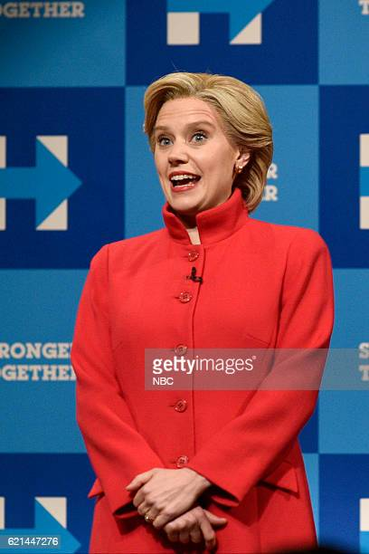 """Benedict Cumberbatch"""" Episode 1709 -- Pictured: Kate McKinnon as Democratic Presidential Candidate Hillary Clinton during the """"Hillary Clinton /..."""