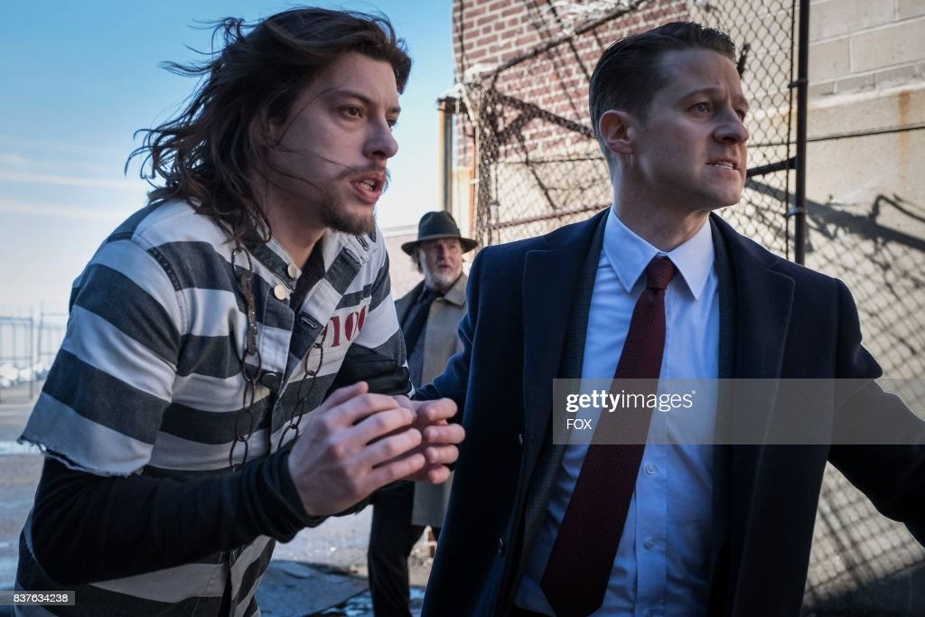 Benedict Samuel, Donal Logue and Ben McKenzie in the second half of the special two-hour season finale episode of GOTHAM, Heroes Rise: Heavydirtysoul, airing Monday, May 29 (9:00-10:00 PM ET/PT) on FOX.