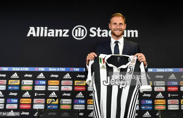 Benedikt Howedes attends a press conference for Juventus unveil new signing Benedikt Howedes at Allianz Stadium on August 31 2017 in Turin Italy