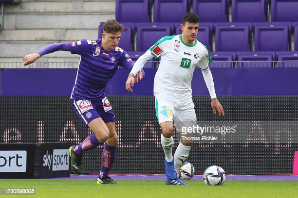 Benedikt Pichler of Austria Wien and Raffael Behounek of WSG Tirol during the tipico Bundesliga match between FK Austria Wien and WSG Swarovski Tirol...