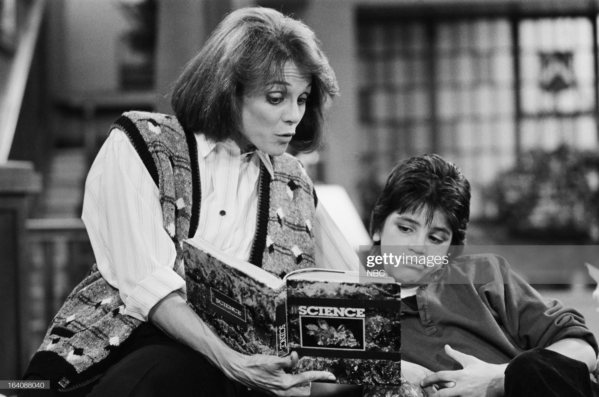 benefit-of-the-doubt-episode-105-pictured-valerie-harper-as-valerie-picture-id164088040