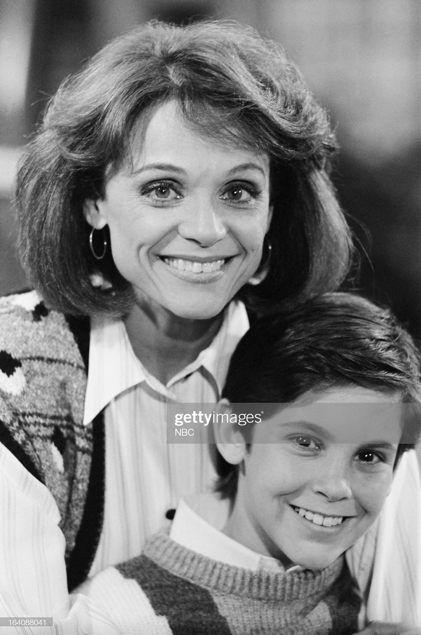 benefit-of-the-doubt-episode-105-pictured-valerie-harper-as-valerie-picture-id164088041