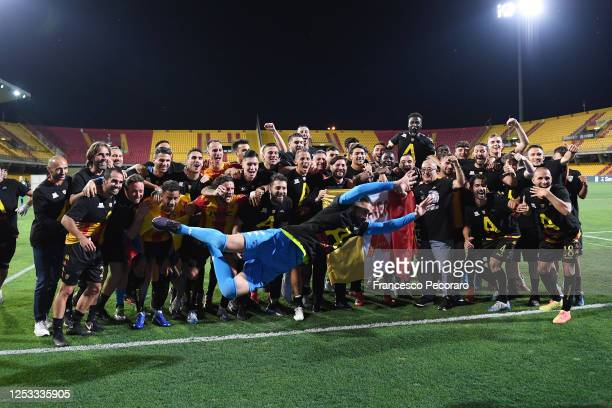 Benevento Calcio players and staff celebrate after winning the Serie B after the serie B match between Benevento Calcio and SS Juve Stabia at Stadio...