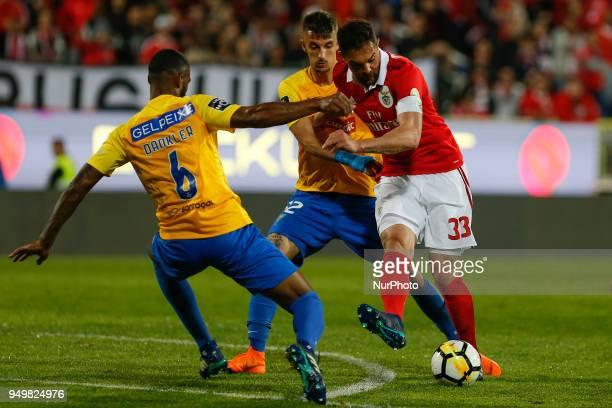 SL Benfcas Defender Jardel from Brazil and GD Estoril Praia defender Dankler from Brazil during the Premier League 2017/18 match between Estoril...