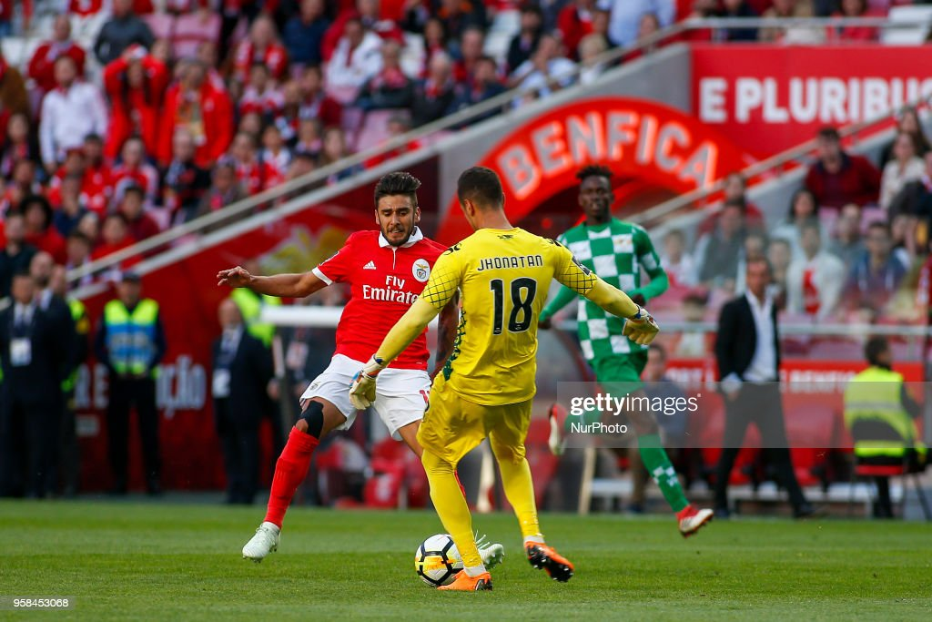 SL Benfcas Midfielder Eduardo Salvio from Argentina and Moreirense FC goalkeeper Jhonatan from Brazil during the Premier League 2017/18 match between SL Benfica and Moreirense FC, at Estadio da Luz on May 13, 2018 in Lisbon, Portugal.