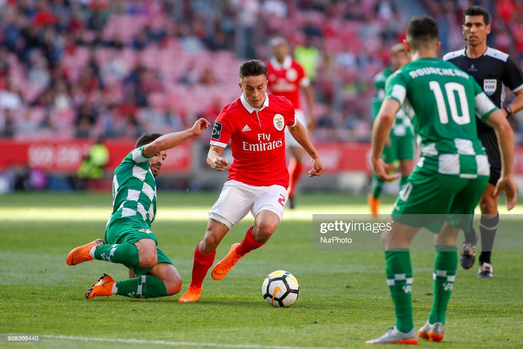 SL Benfcas Midfielder Franco Cervi from Argentina (C) during the Premier League 2017/18 match between SL Benfica and Moreirense FC, at Estadio da Luz on May 13, 2018 in Lisbon, Portugal.