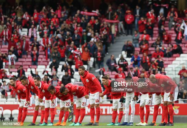 Benfica players before the start of the Primeira Liga match between SL Benfica and CD Tondela at Estadio da Luz on April 28 2018 in Lisbon Portugal