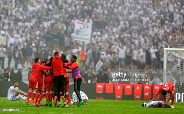 Benfica players celebrate after winning the Portugal's Cup final football match SL Benfica vs Vitoria SC at Jamor stadium in Oeiras outskirts of...