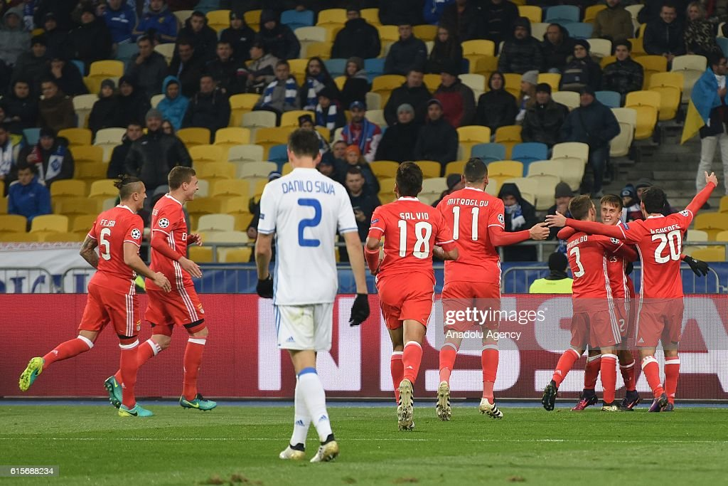SL Benfica players celebrate their second goal during the UEFA Champions League Group B match between Dynamo Kyiv and SL Benfica at NSC Olimpiyskiy stadium on October 19, 2016, in Kiev, Ukraine.