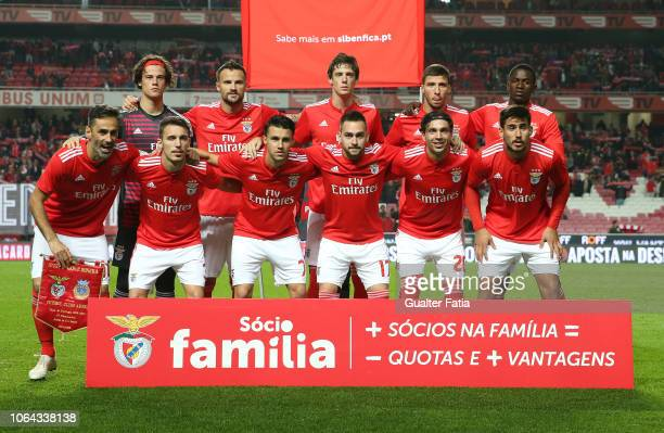 Benfica players pose for a team photo before the start of the Taca de Portugal match between SL Benfica and Arouca FC at Estadio da Luz on November...