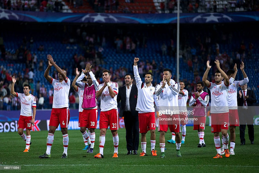 SL Benfica team greets their fans after winning the the UEFA Champions League Group C match between Club Atletico de Madrid and SL Benfica at Vicente Calderon Stadium on September 30, 2015 in Madrid, Spain.